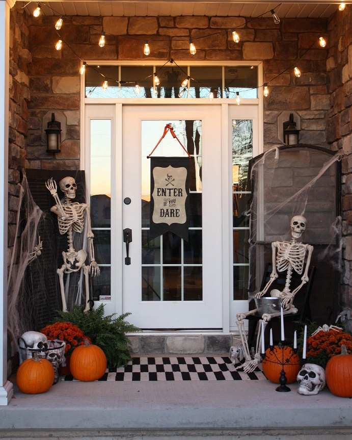 Halloween Front Porch: Enter If You Dare!